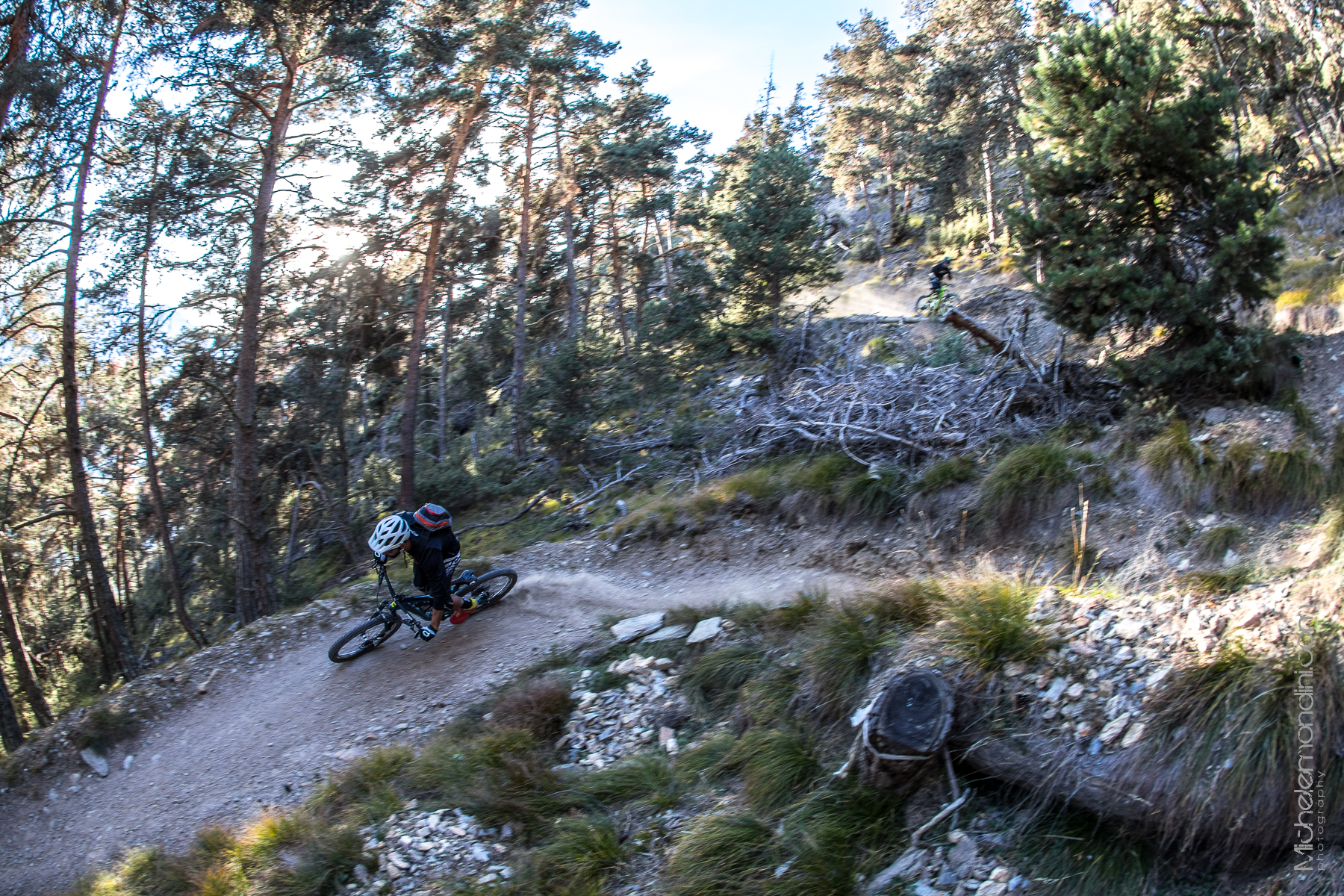 Shredding Vinschgau trails - Michele Mondini