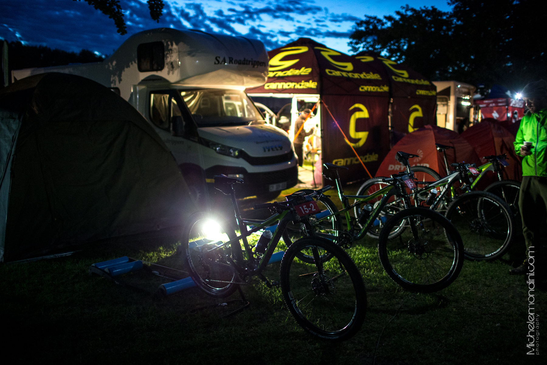 Early wake up for CFR during stage race like Tankwa Trek - Prince Alfred Hamlet - South Africa - Ph: Michele Mondini